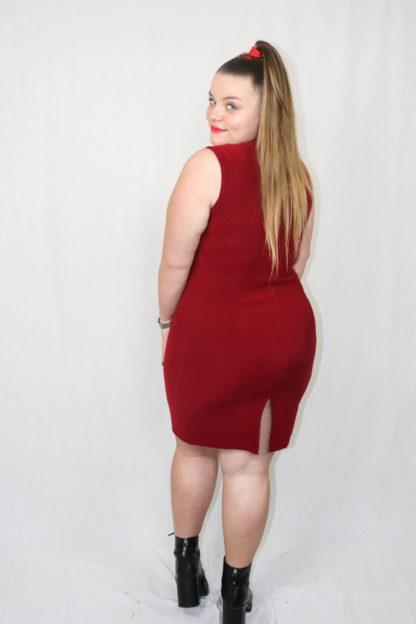 robe-moulante-rouge-2