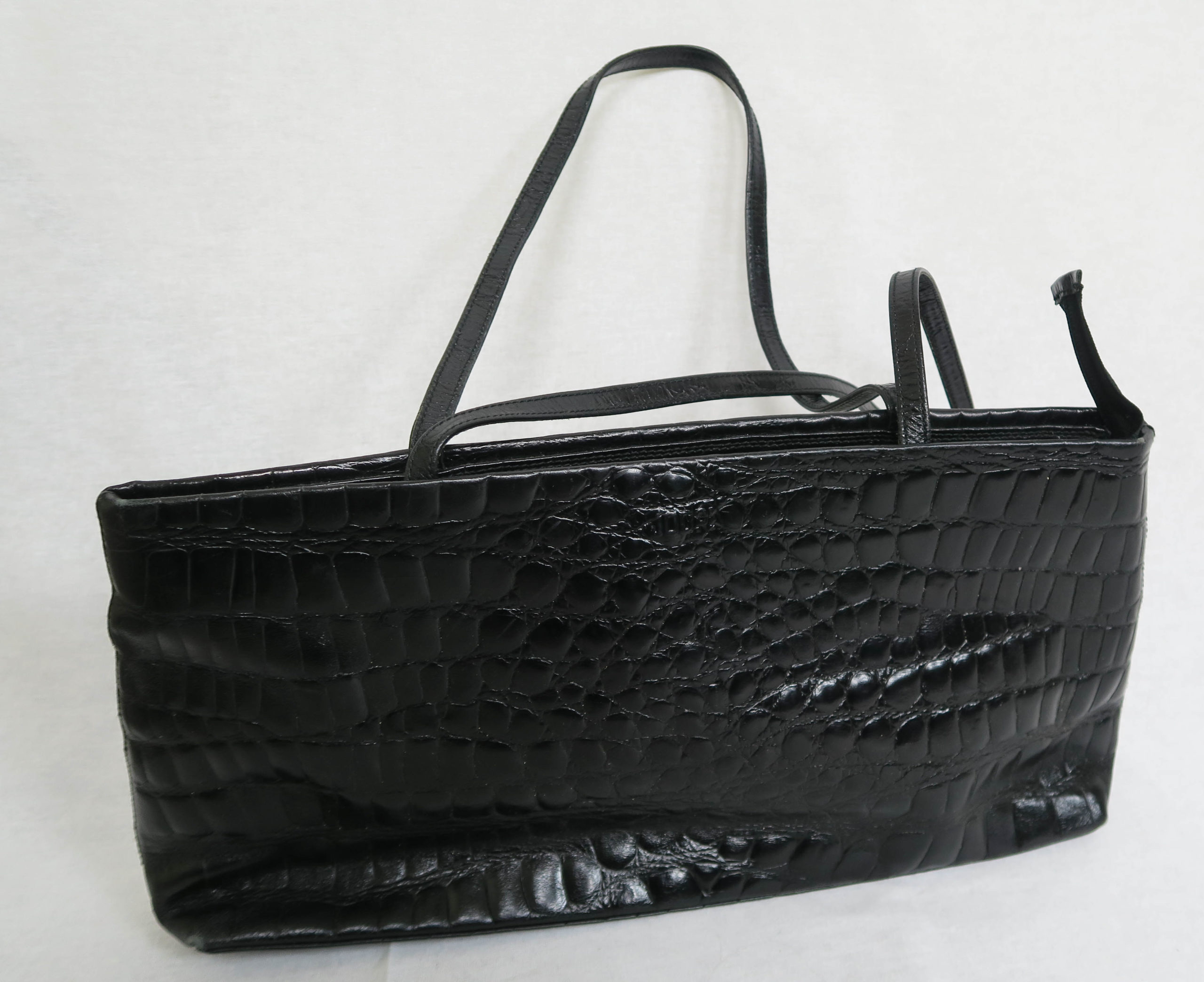 sac-baguette-croco-noir-1