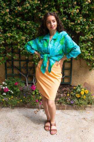 chemise bleue motif fleuri vert (1)