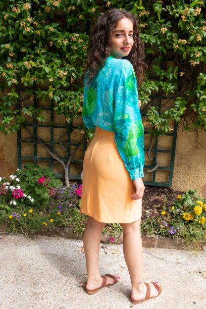 chemise bleue motif fleuri vert (2)