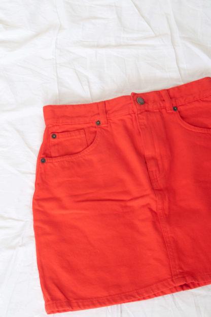 jupe courte rouge (2)