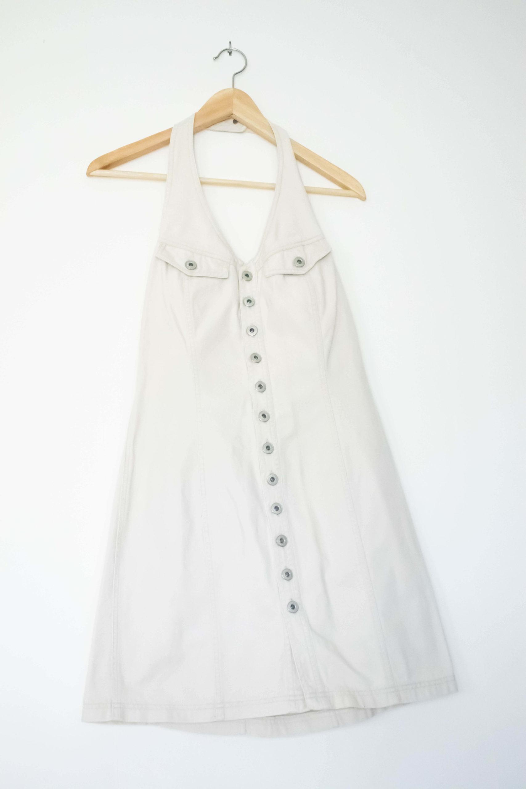 robe blanche en jean dos nu (2)