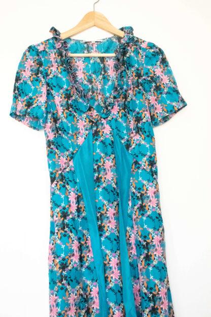 robe en soie bleu motif fleuri (3)