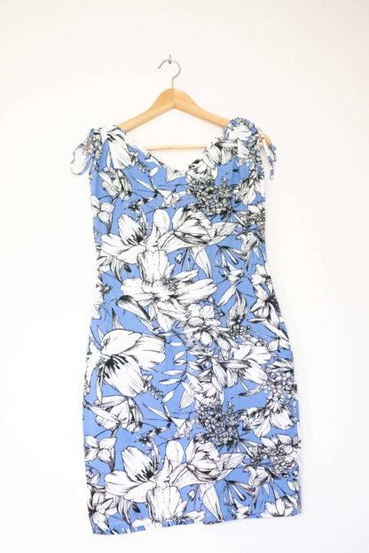 robe moulante épaules resserrées bleue (4)