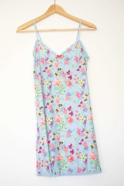 robe nuisette bleu clair fleuri coloré (3)