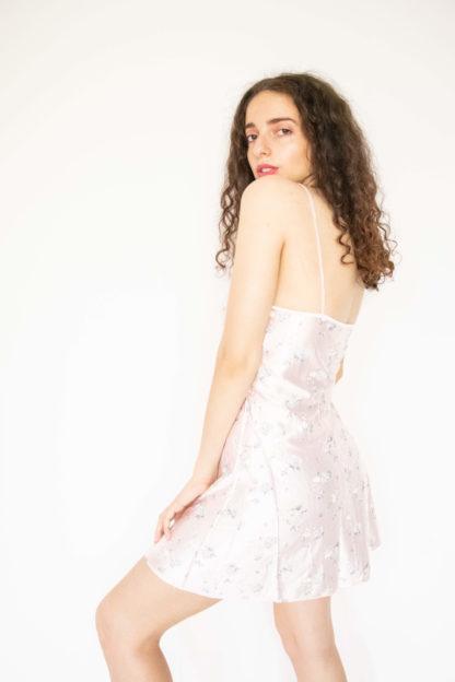 robe nuisette rose poudré motif fleuri (2)