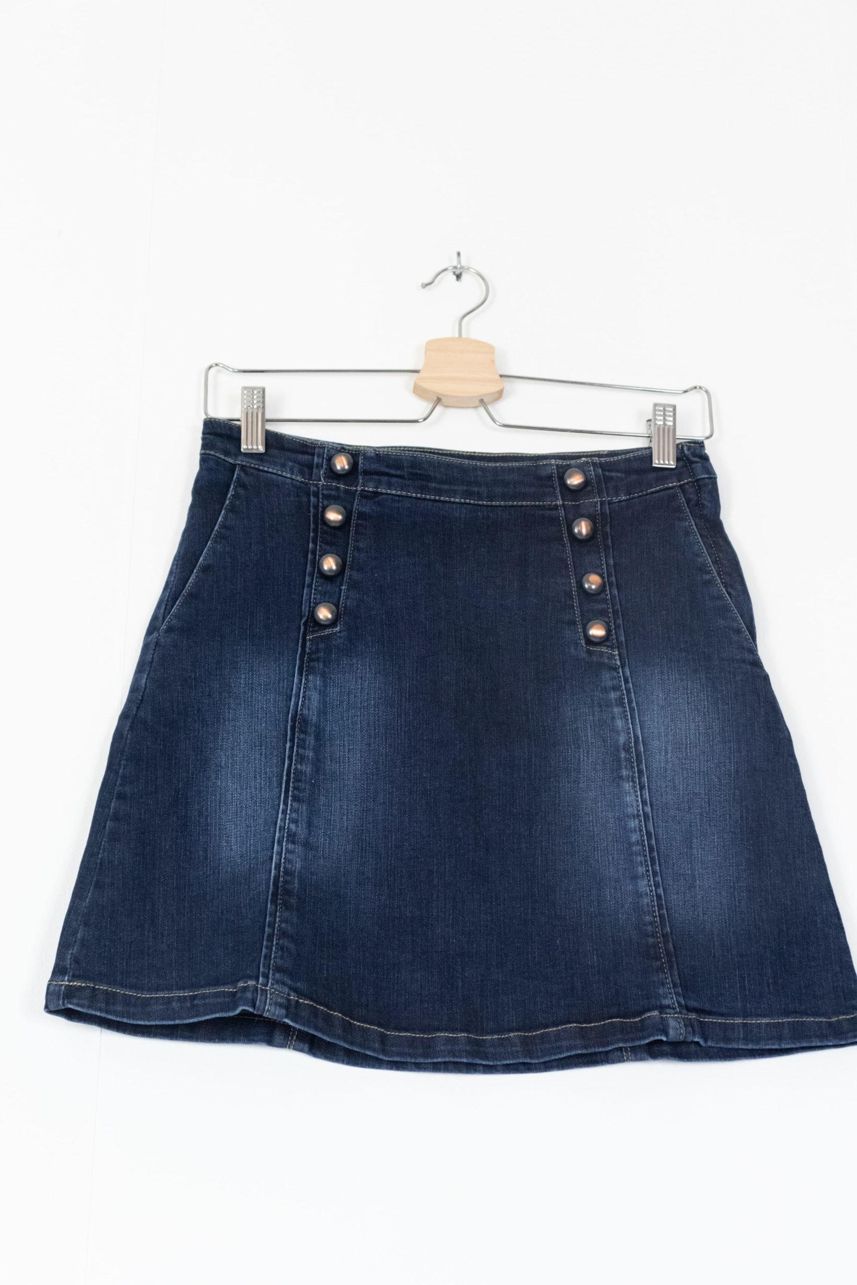 jupe en jean trapèze à boutons (1)