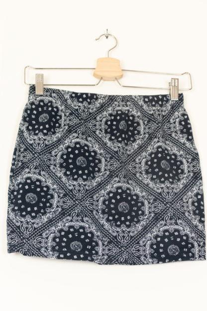 minijupe moulante motif bandana (1)