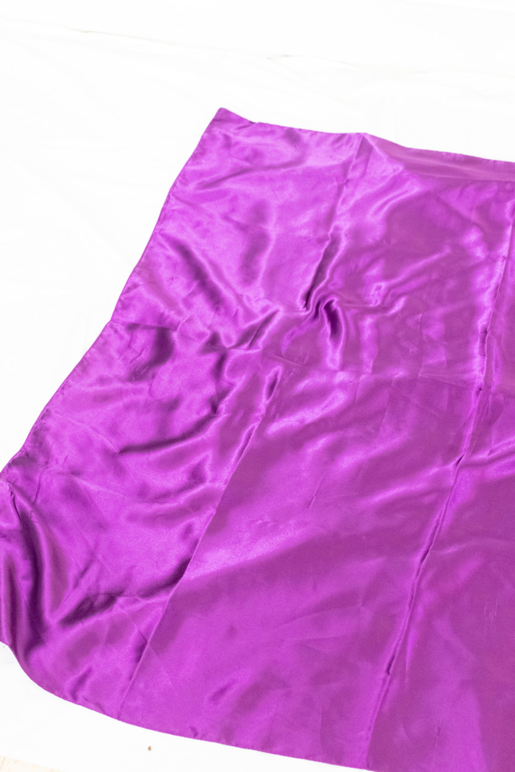foulard carré satiné violet