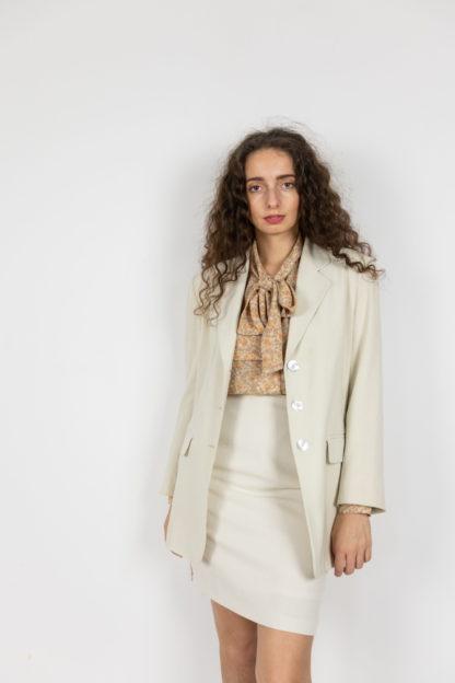 ensemble blazer jupe crème (1)
