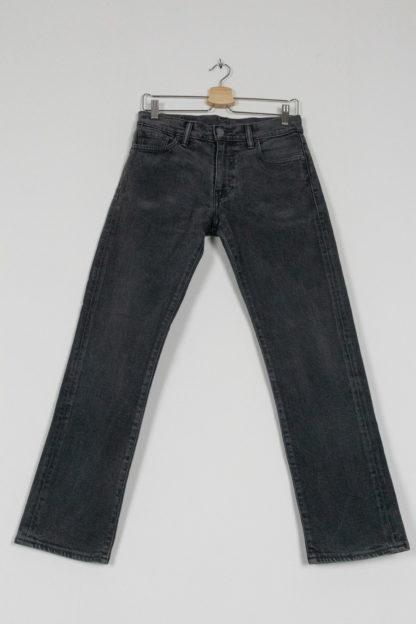 jean slim Levis 504 gris (5)