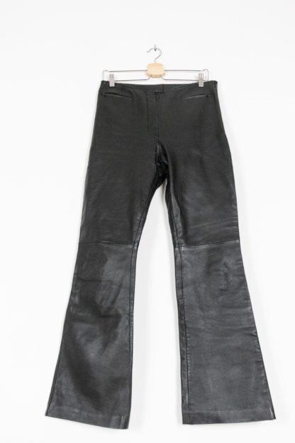 pantalon en cuir noir évasé (1)