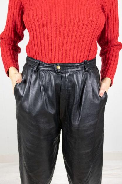 pantalon vintage en cuir noir (5)