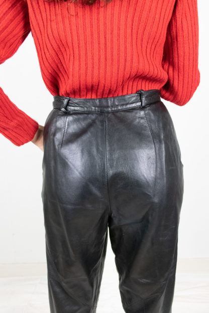 pantalon vintage en cuir noir (6)