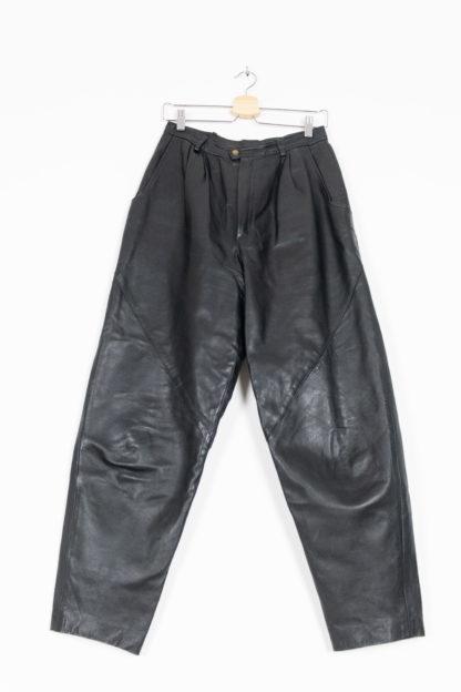 pantalon vintage en cuir noir (7)