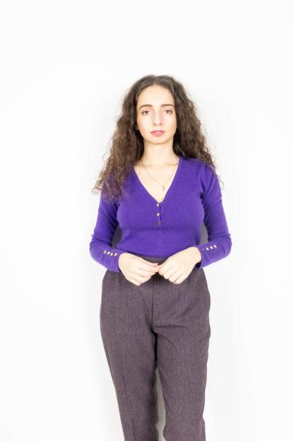 pull en cachemire violet col V (1)