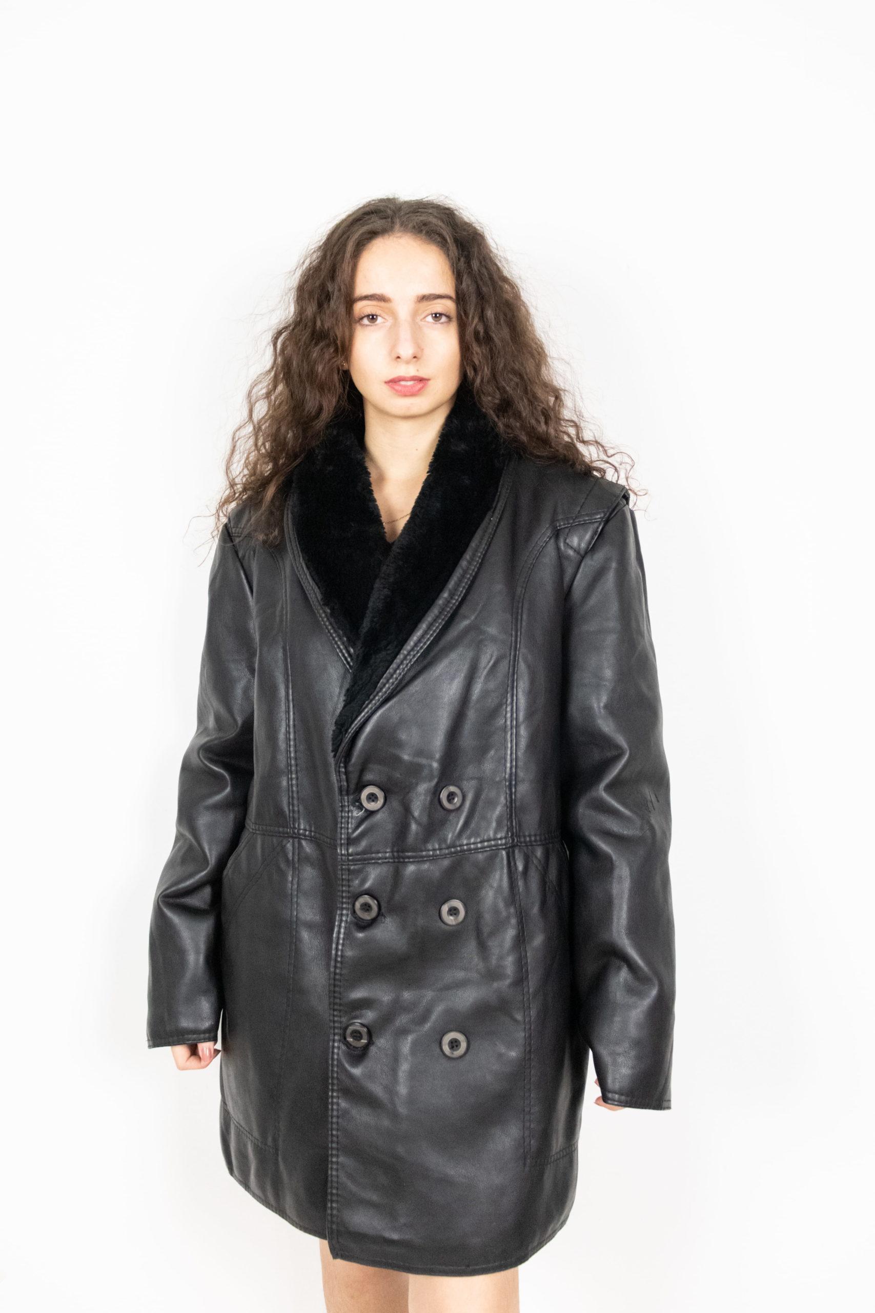 veste en cuir noir col fausse fourrure (4)