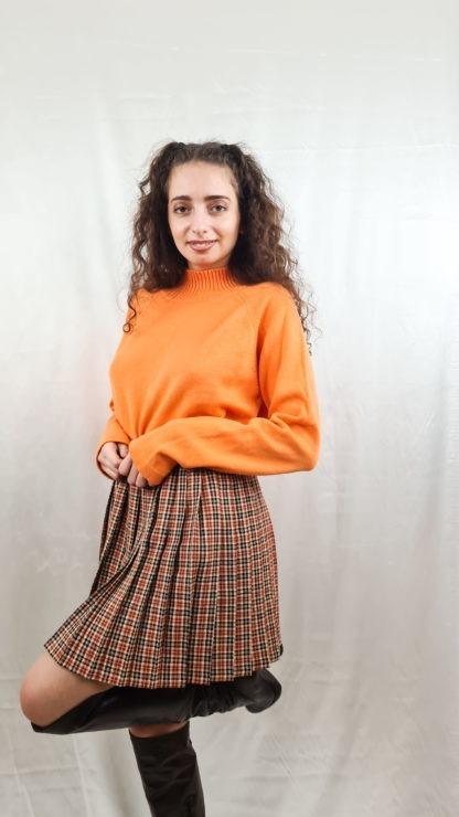 pull orange col roulé (5)