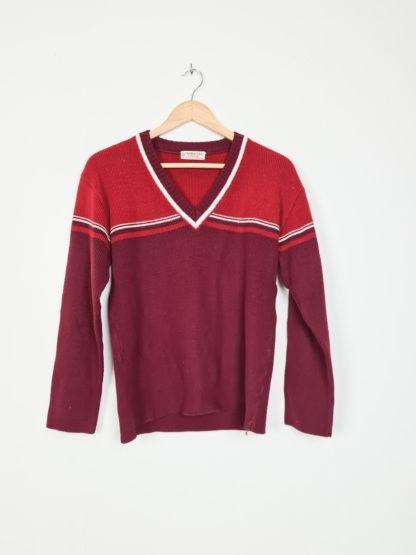 pull rouge bordeaux cotelé col V (5)