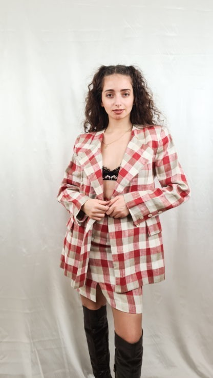 tailleur jupe à carreaux rouge blanc gris (1)