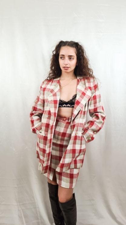 tailleur jupe à carreaux rouge blanc gris (2)