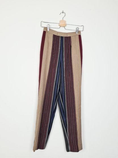 tailleur pantalon à rayures verticales (4)