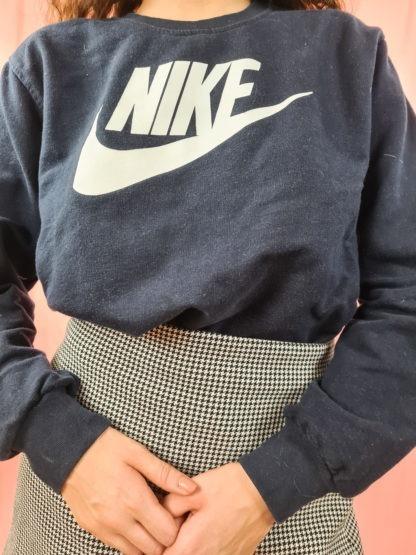 sweat noir Nike floqué (4)