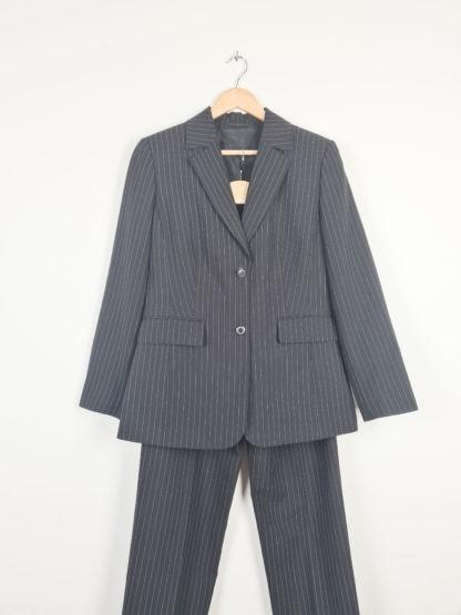 tailleur pantalon lignes verticales blanches (13)