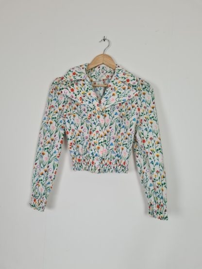 chemise crop blanche motif fleuri vintage (11)
