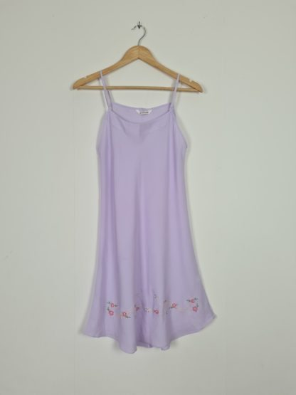 robe nuisette lilas broderie fleurie (6)