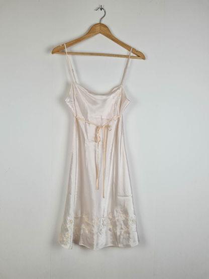 robe nuisette blanche broderies fleuris (8)