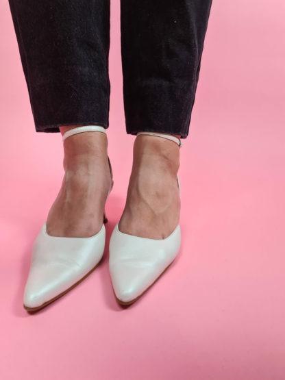 chaussures d'été blanches satinées (3)