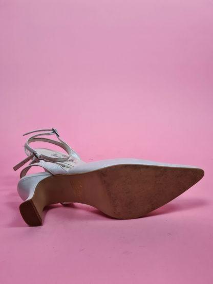 chaussures d'été blanches satinées (6)