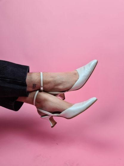 chaussures d'été blanches satinées (7)