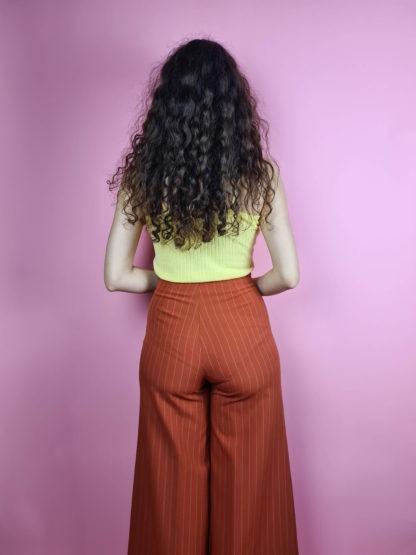 pantalon fluide large brique à rayures (4)