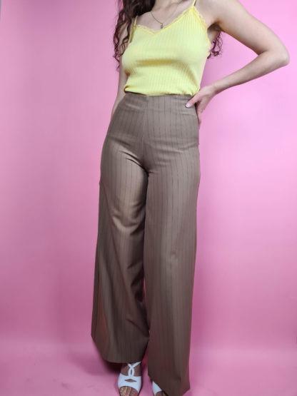 pantalon large camel à rayures taille haute (4)