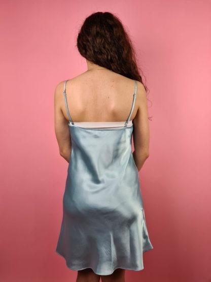robe nuisette bleue pastel broderie (7)