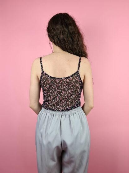 top noir à fleurs roses (5)